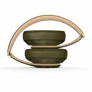 Beats-Camo-Collection-Forest-Green.-Over-Ear-Beats-Studio3-Wireless-Noise-Cancelling-Headphones
